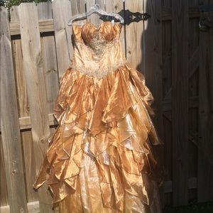Princess dress by Karelina Sposa Bridal